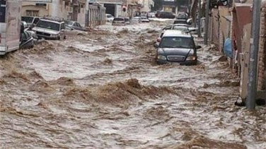 Rains and floods kill several in Jordan, force tourists to flee Petra