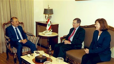 Bassil receives Satterfield, tackles border demarcation