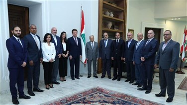 Aoun discusses needs of hospitals in Lebanon with delegation