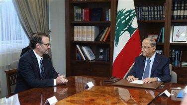 Aoun meets with Schenker in Baabda palace