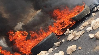 Roads cut across Lebanon during Sunday protests