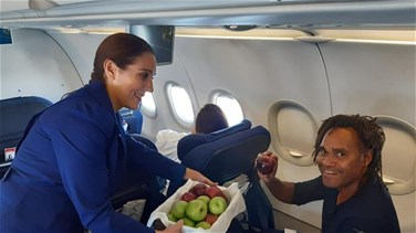 On Lebanese Apple Day, MEA distributes apples to passengers-[PHOTOS]