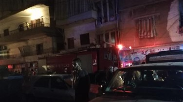 Fire erupts in Hay al-Sollom residential building; residents evacuated