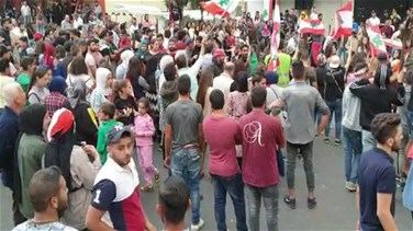 Protest in Halba ongoing (Video)
