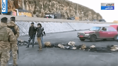 Protesters block Tripoli – Palma highway (Video)