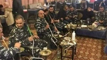 ISF members seen having shisha inside a café with no social distancing-[PHOTO]